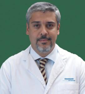 El doctor Hernán Gioseffi del Instituto Oncológico de Policlínica Miramar