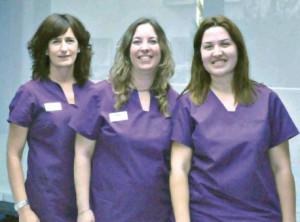 Belen Sánchez Poveda, Irene Bocadulce Díaz y Xisca Arrom Munar son las integrantes del servicio de optometría de Oftalmedic