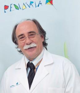 El coordinador del Servicio de Pediatría de Juaneda, el doctor Juan Carlos Armillas