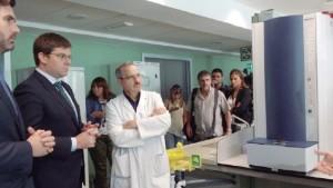 laboratorio-microbiologia-son-espases