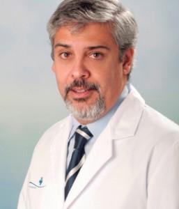 DR. HERNÁN GIOSEFFI DIRECTOR CLÍNICO DEL INSTITUTO DE ONCOLOGÍA Y RADIOTERAPIA DE LA POLICLÍNICA MIRAMAR- JUANEDA