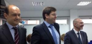 El conseller con los responsables de Primaria y del Ibsalut.