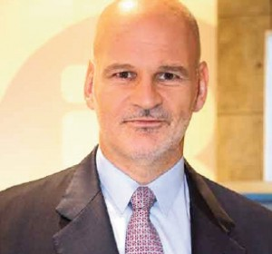 Francisco Kovacs, Doctor en Medicina e investigador en enfermedades del raquis