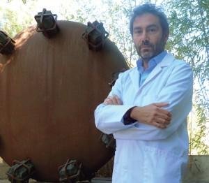 DOCTOR DANIEL GINER, ESPECIALISTA EN PSIQUIATRÍA DE POLICLÍNICA MIRAMAR