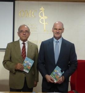 El presidente de la OMC, Dr. Juan José Rodríguez Sendín, junto al presidente de la Fundación Kovacs, el Dr. Francisco Manuel Kovacs.