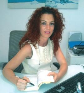 JUANA MARÍA FERNÁNDEZ GALBIS, ESPECIALISTA DE CLÍNICA CAPISTRANO