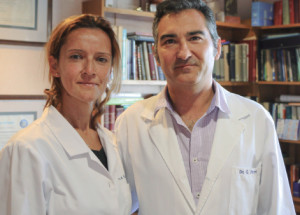 Carmen García supervisora de matronas y el Dr. Gabriel Ferret, ginecólogo de Hospital Juaneda Miramar.