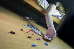 ©BERTRAND BECHARD/MAXPPP NANTES (44) LE 31 05 2007 JEUNE FILLE EN DEPRESSION  ILLUSTRATIONS ADOLESCENCE, MAL DE VIVRE, STRESS, MEDICAMENTS