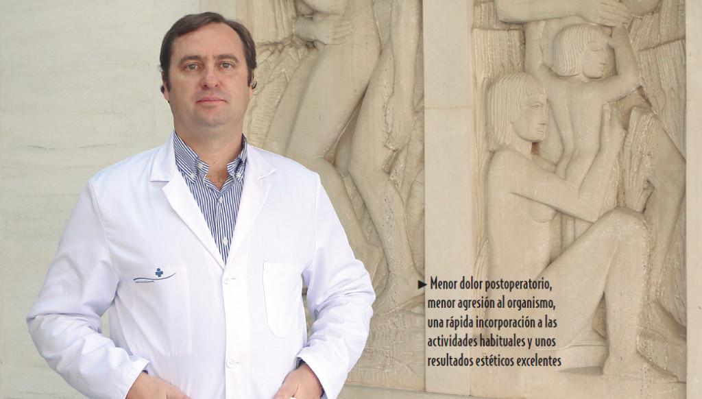 El Doctor Javier Mulet, cirujano de Clínica Juaneda