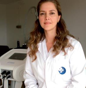 la Dra. Liliana Ocampo, de la Unidad de Medicina Estética de Hospital de Llevant.