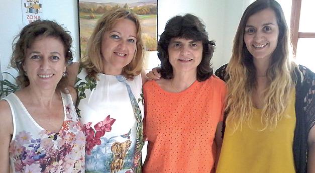Desde la izquierda, Isabel Román presidenta, Xisca Pozo vocal, Rosario Serra secretaria y Maria Viña vocal, todas ellas en funciones.