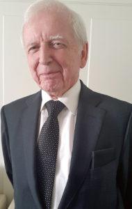 El Dr. Harald Zur Hausen, premio Nobel de Medicina 2008, explica los riesgos de la carne y la leche
