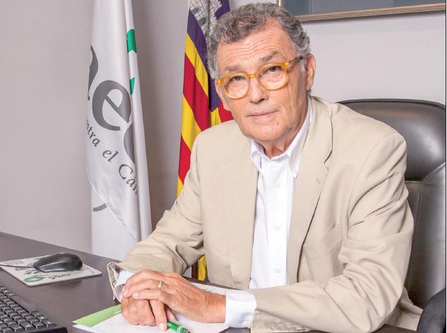 El doctor Javier Cortés preside desde mayo la Junta de la aecc en Baleares con 11.000 socios