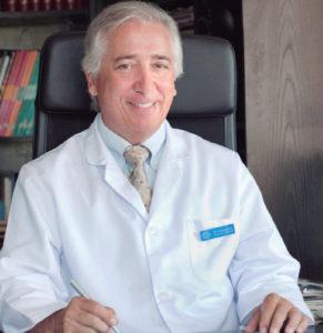 El doctor José María Vázquez Roel, director de Clínica Capistrano.
